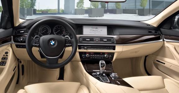2011-bmw-5-series-f10-interior-575x3001.